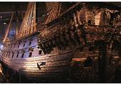 Muzeum Waza. Gdyby te cudo techniki szkutniczej nie zatonęło, Polska z pewnością przegrałaby pod Oliwą. Dobrze zakonserwowane szczatki statku wyciągnięto na powierzchnię w zeszłym iweku.