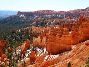 Bryce Canyon - w raju pomarańczowych skał.