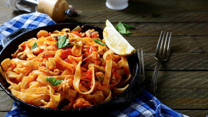 Kuchnia śródziemnomorska: spaghetti z owocami morza