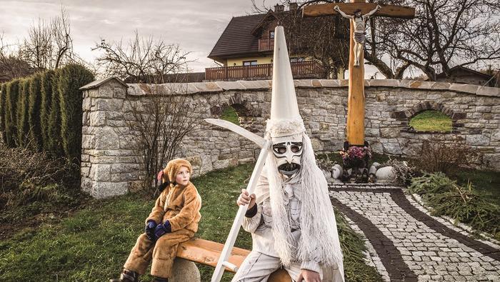 Beskid Żywiecki, przebierańcy we wsi Laliki